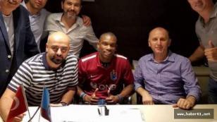 Trabzonspor Castillo'ya imzayı attırdı!