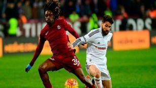 Trabzonspor'da disiplisizlik yapan yandı