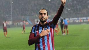 Alkışlar Erkan Zengin'e
