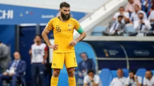 Avustralyalı Mile Jedinak futbolu bıraktı
