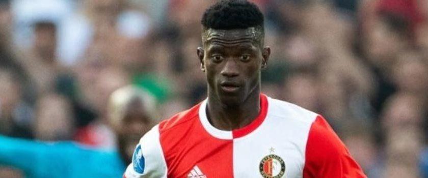 Feyenoord Edgar Le için ısrarlı