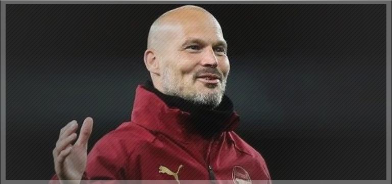 Arsenal'de şok istifa