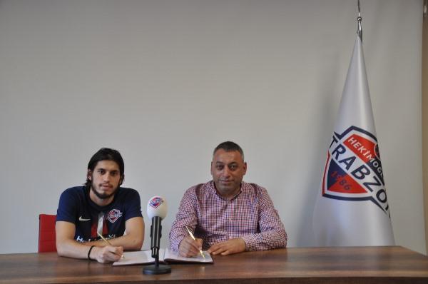 Hekimoğlu Trabzon Serkan Odabaşoğlu'na imzayı attırdı