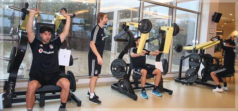 Beşiktaş, hazırlıklarına salonda devam etti