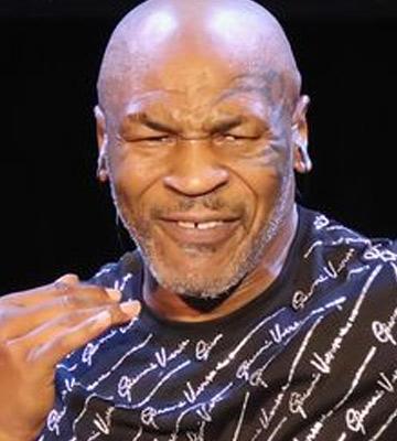 Mike Tyson'ın dönüşü ertelendi
