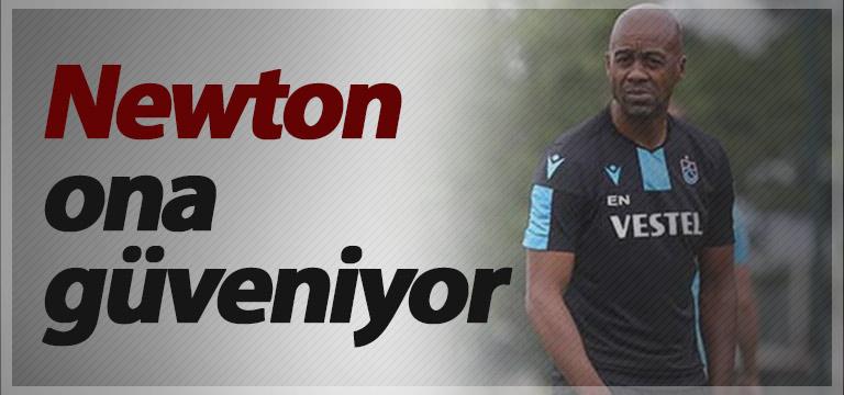 Eddie Newton Hüseyin Türkmen'e güveniyor