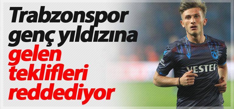 Trabzonspor genç yıldızına gelen teklifleri reddediyor