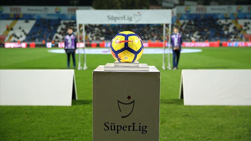 Süper Lig'e 45 ülkeden 11 futbolcu geldi