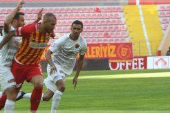 Kayserispor Hatayspor'a mağlup oldu